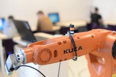 Laboratorium Robotyki - robot Kuka