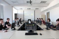Laboratorium Technik Mobilnych i Analityki Biznesowej